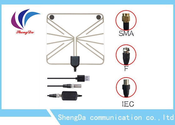 China antena alta da tevê do VHF da frequência ultraelevada do ganho 28dBi 3 polarização do vertical do cabo coaxial 50w 3-5V da milha fábrica